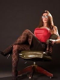 Miss Hybrid meeting attire