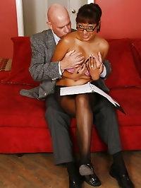 Office slut Jasmine screws her boss
