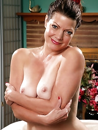 Victoria P from AllOver30 shows off her mature and hairy..