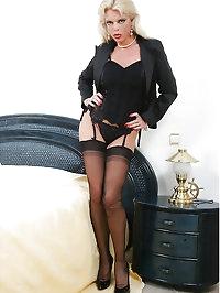Busty MILF Lavienne LaVie waiting of Boyfriend in sexy..