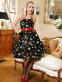 Lucy Anne looks amazing in her 50's dress and black..