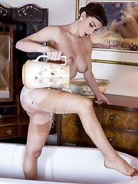 Roxy in her lovely point heel vintage FF nylons getting a..