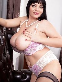 Joana Is The Boss of Big Boobs