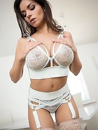Titty Play & Nipple Pinch: Nice Big Boobs Squeezed Hard