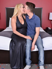 Naughty British mature Bianca doing her toy boy