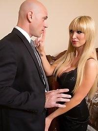 Nikki Benz & Johnny Sins in My Dad's Hot Girlfriend