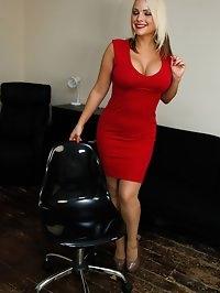 Flat Chested Meagan Ortiz Posing In Blue Dress - Dicks On