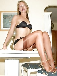 Foxy woman in lovely black underwear