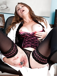Naughty mature doctor lady fucks her mature pussy until..