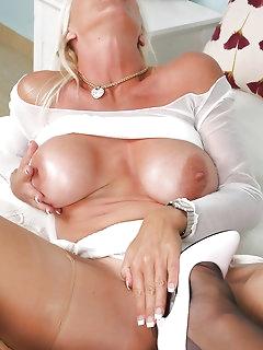 Lesbian Nylon Pics