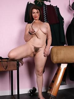 Kinky Nylon Pics