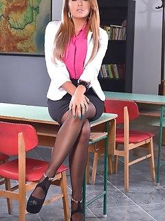 Teacher Nylon Pics