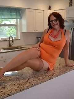 Housewife Nylon Pics