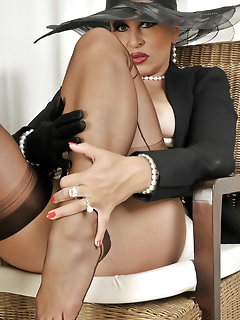 Gloves Nylon Pics