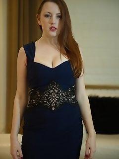 Elegant Nylon Pics