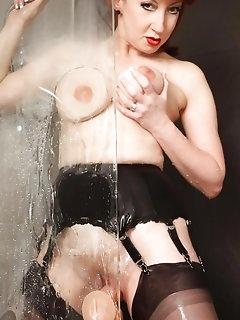 Bathroom Nylon Pics