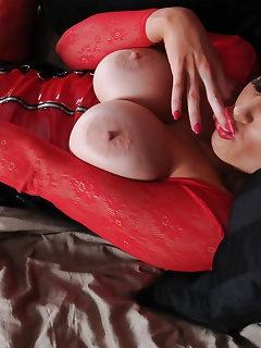 Slut Nylon Pics